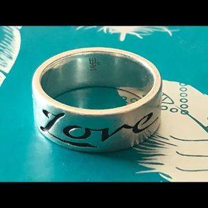 Retired James Avery Sterling Love Band Ring Sz.8